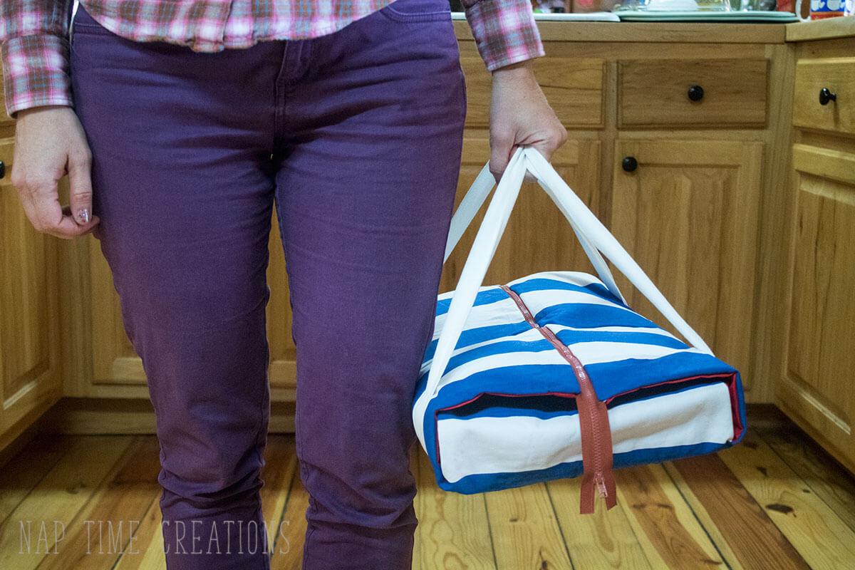 Casserole Carrier with Zipper Tutorial - Life Sew Savory