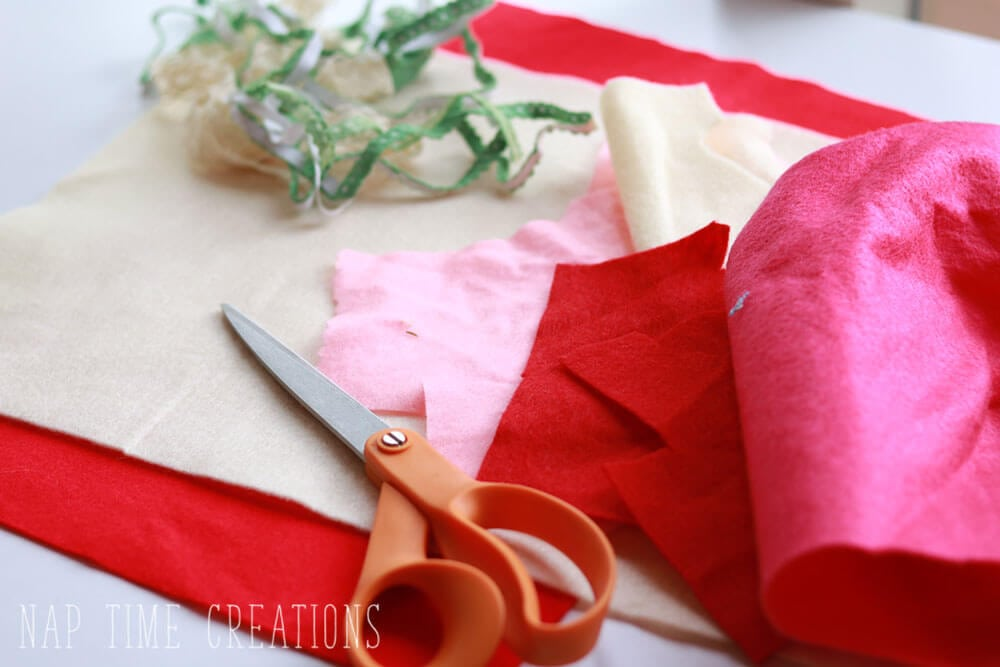 Valentines Felt Placemat easy project