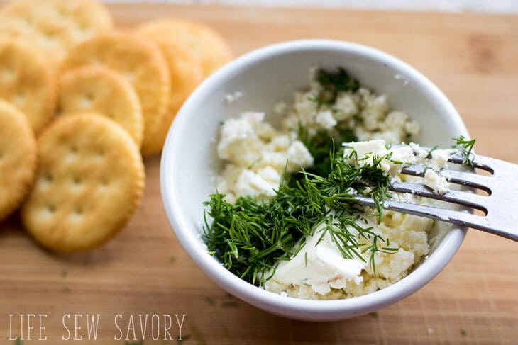 feta dill cracker spread