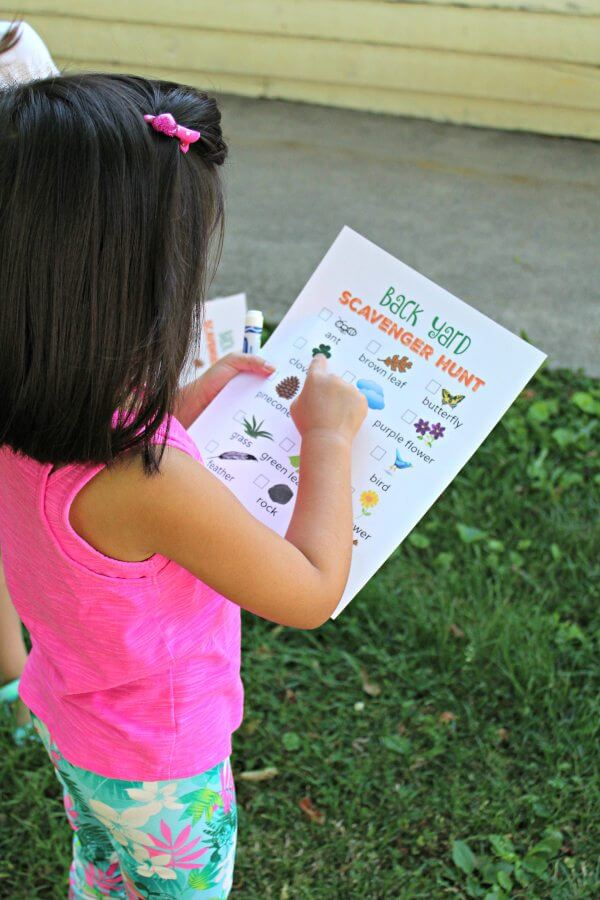 backyard scavenger hunt outdoor fun