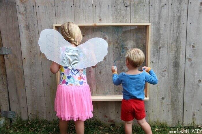 outdoor kids easel