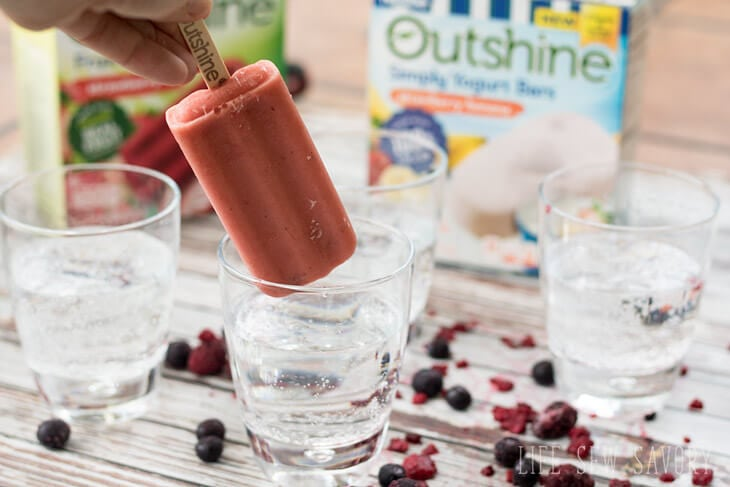 Fizzy Fruit Bar Drinks with outshine bars