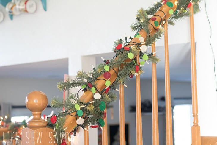felt garland for Christmas