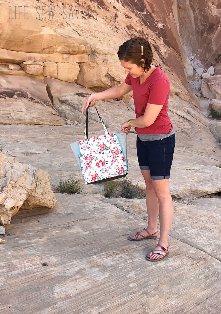 Tote bag pattern with side zippers