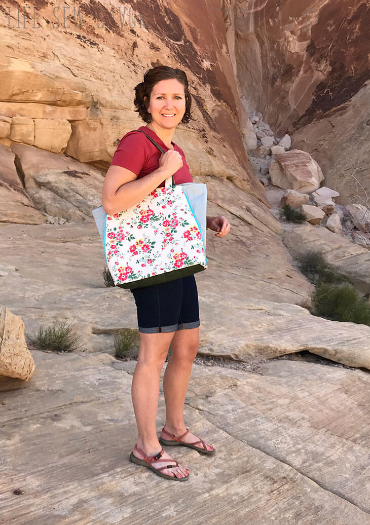 zip side tote bag pattern