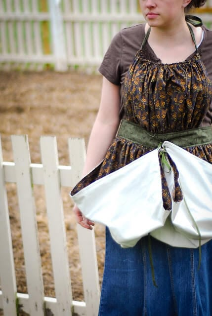 gathering apron tutorial
