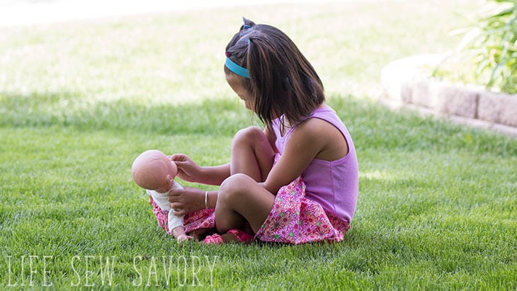 girl and doll skirt tutorial