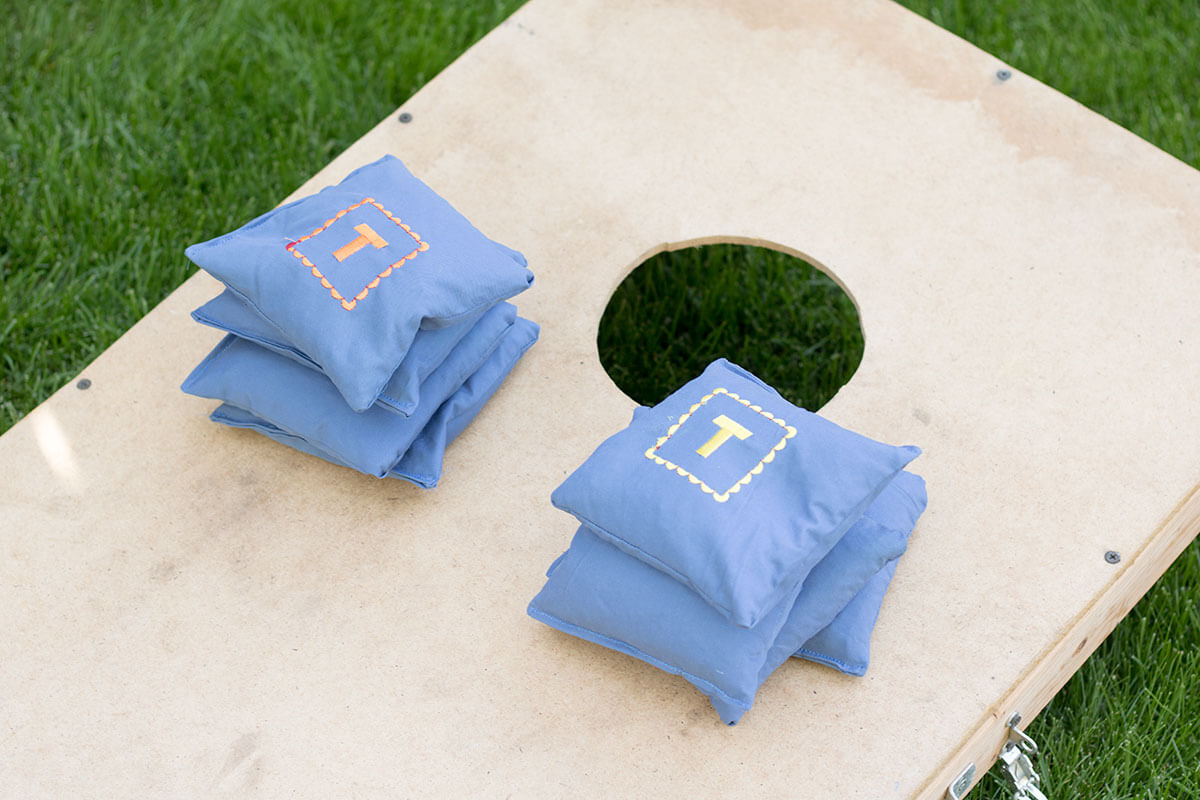 Corn hole bags DIY