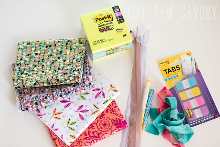 cube zipper case for back to school with Post-it®