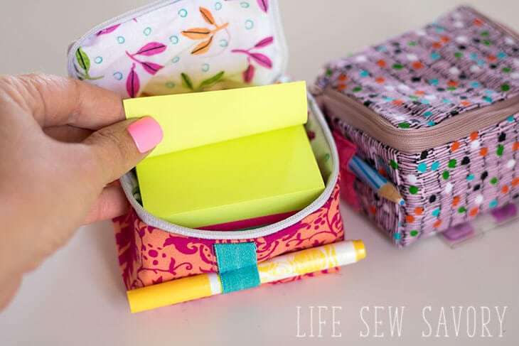 Cube zipper case for Post-it®