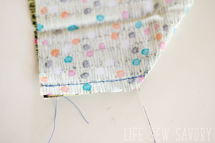 sew all the way to edge for corners