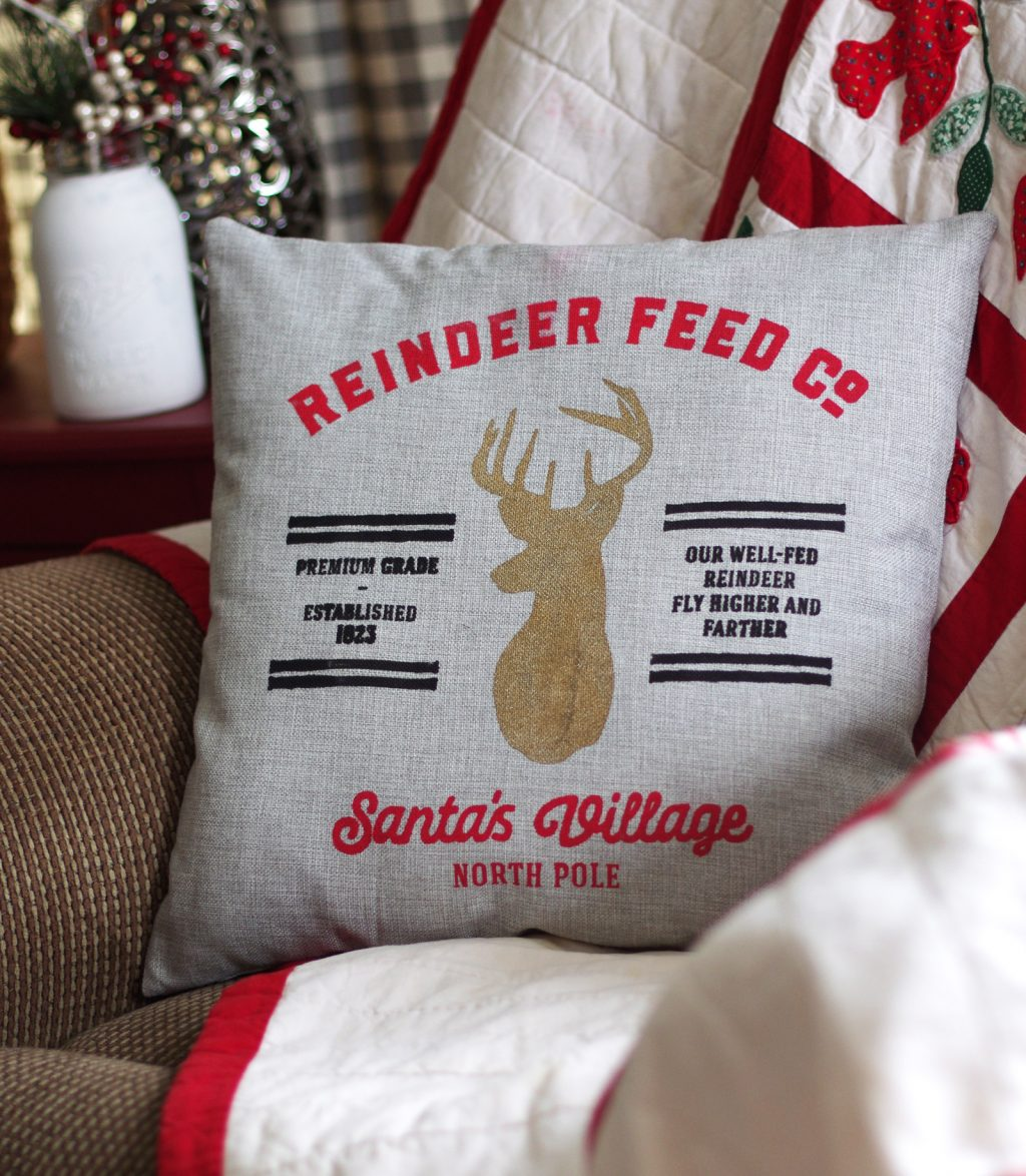 Christmas pillow tutorial