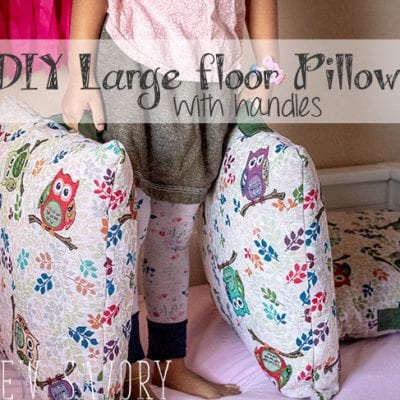 Giant floor pillows DIY – With Handles