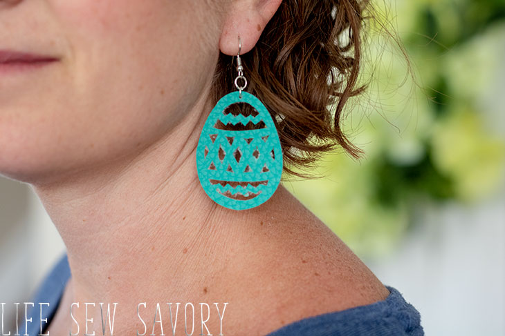 Leather earring svg for Easter
