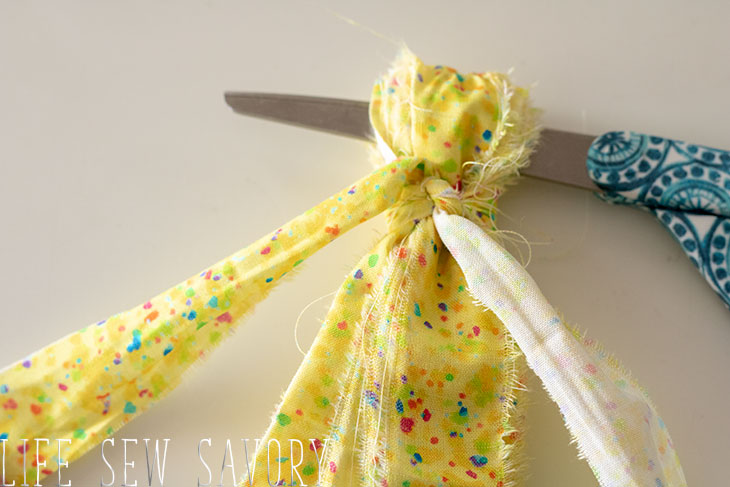 make your own fabric tassel garland