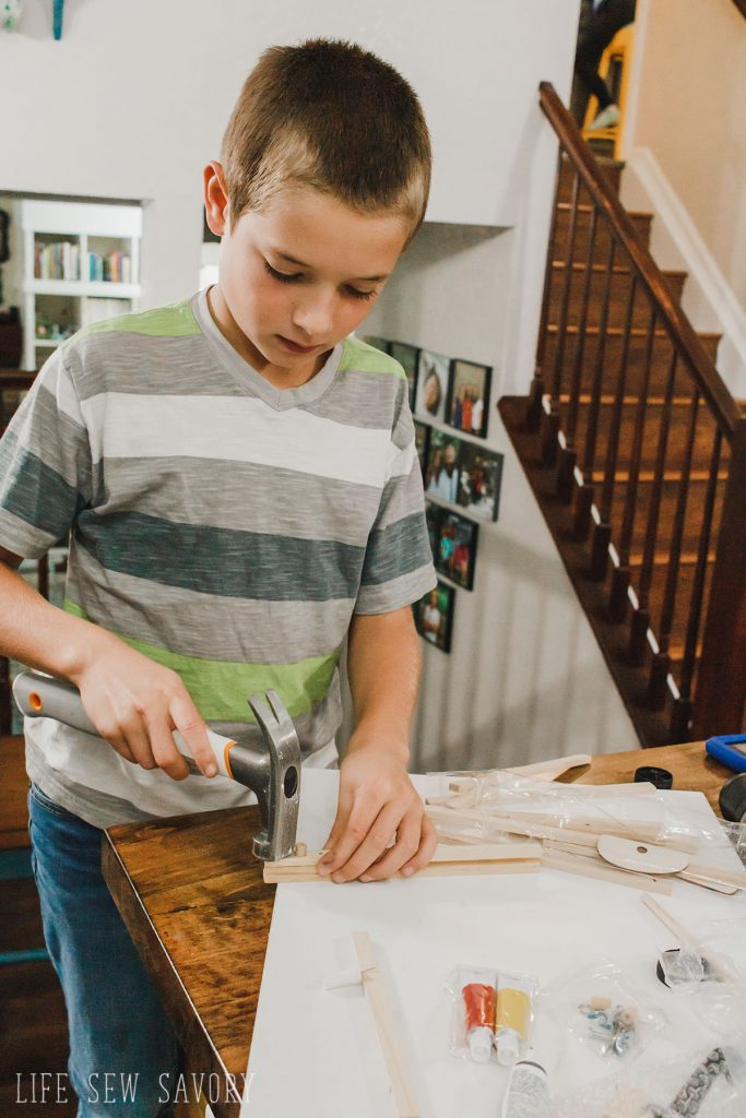 young woodworkers kit Gifts for Creative People