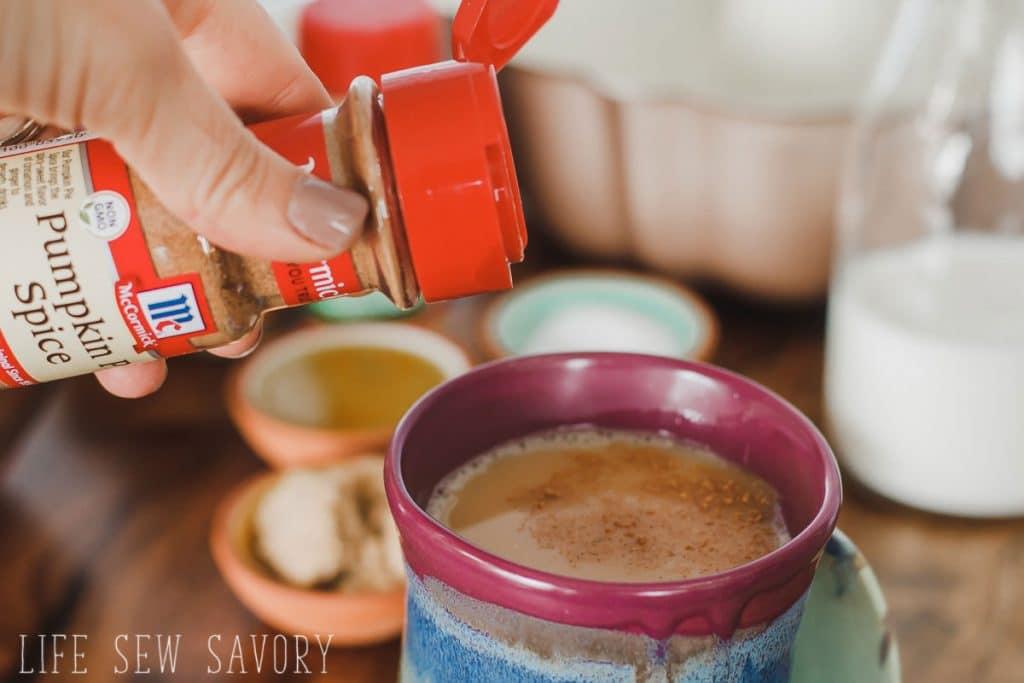 pumpkin coffee DIY version