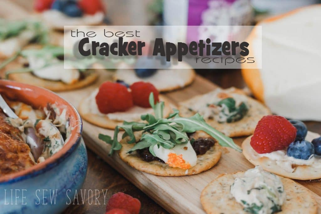 best cracker toppings for holiday parties