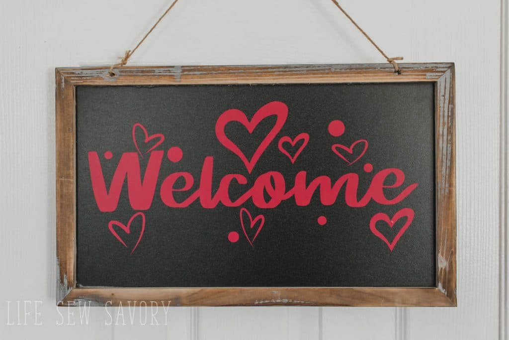 winter welcome sign tutorial and free svg cut files