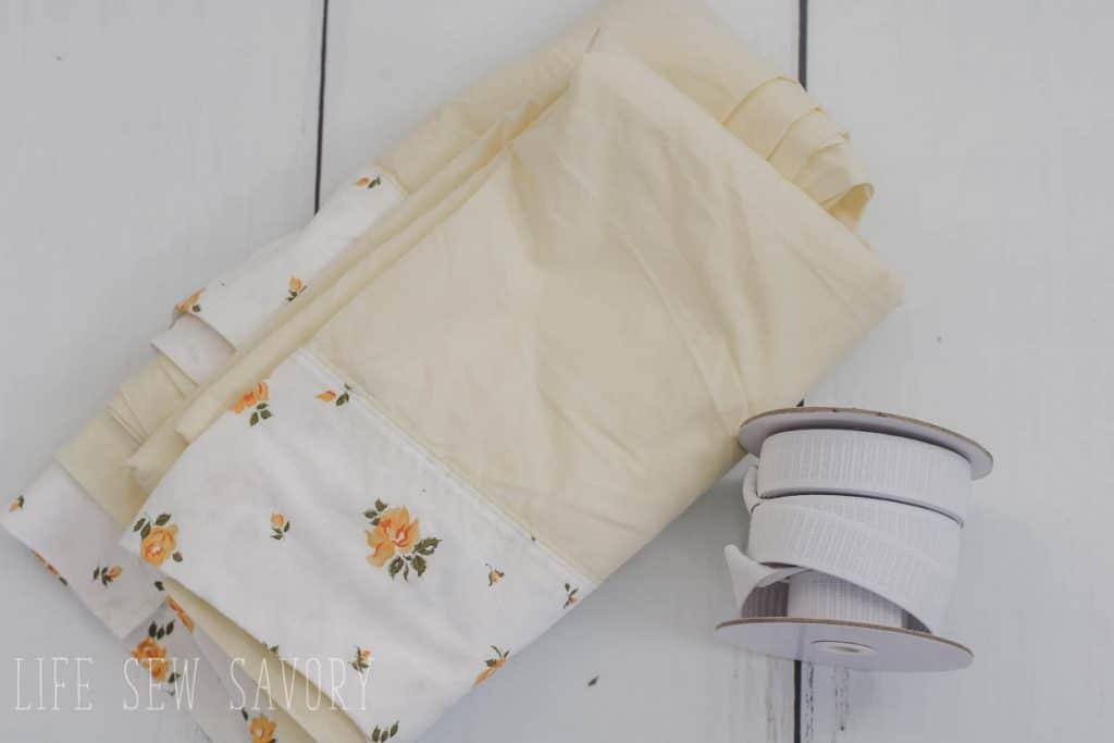 flat sheet and elastic supplies