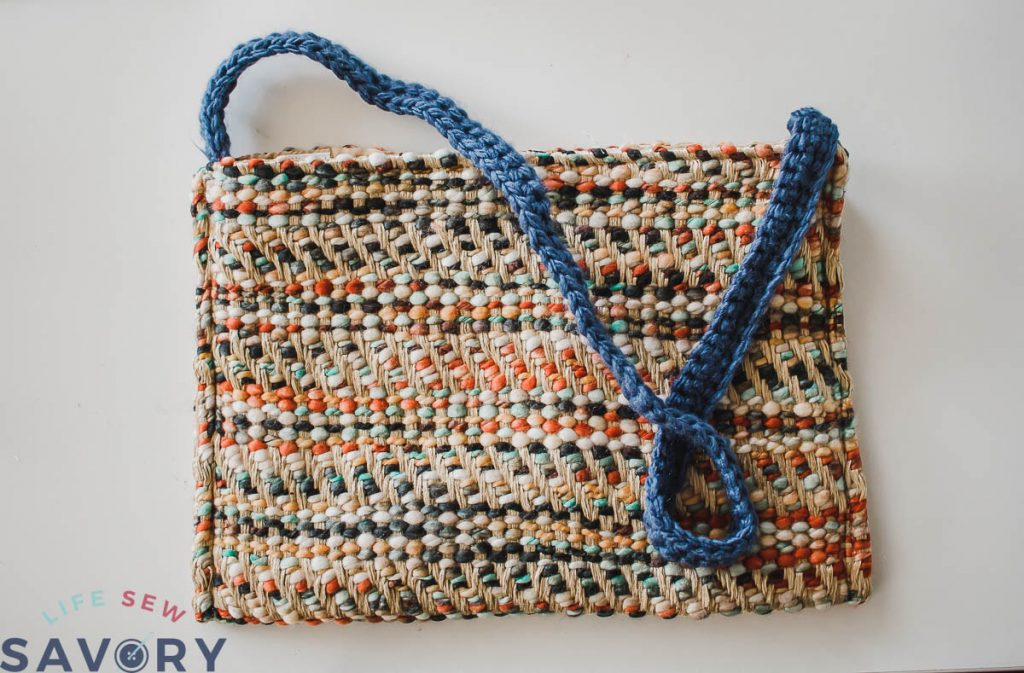 simple placemat clutch tutorial