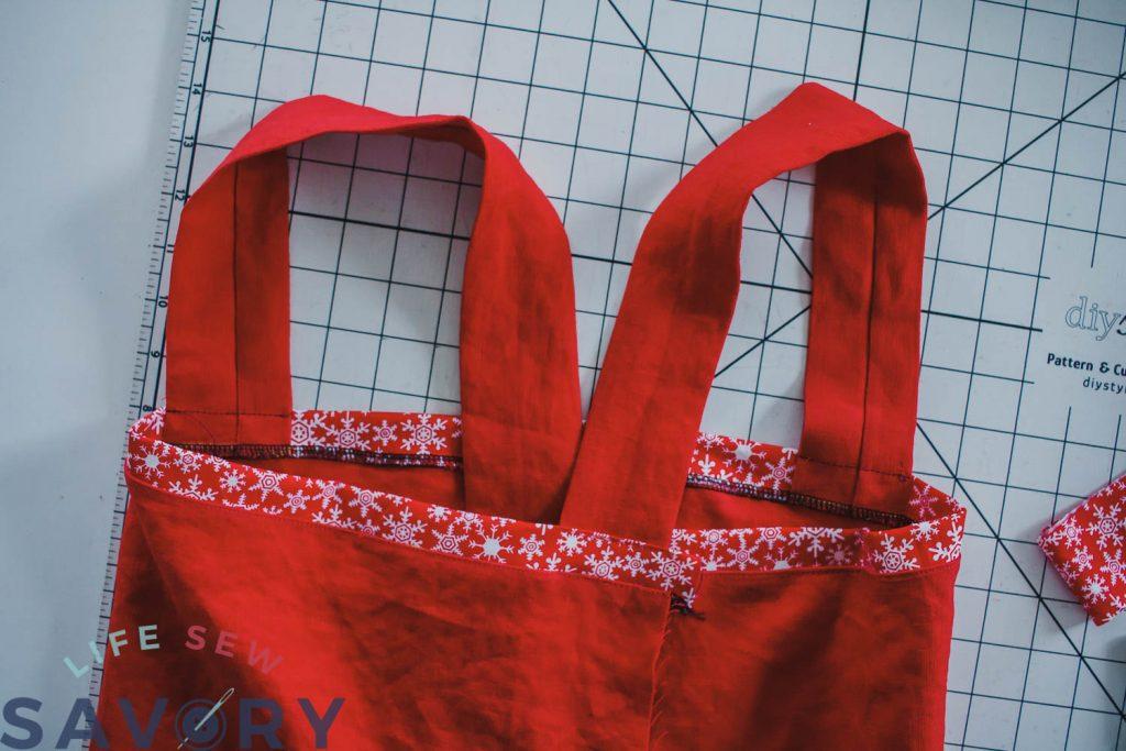 cross strap apron tutorial