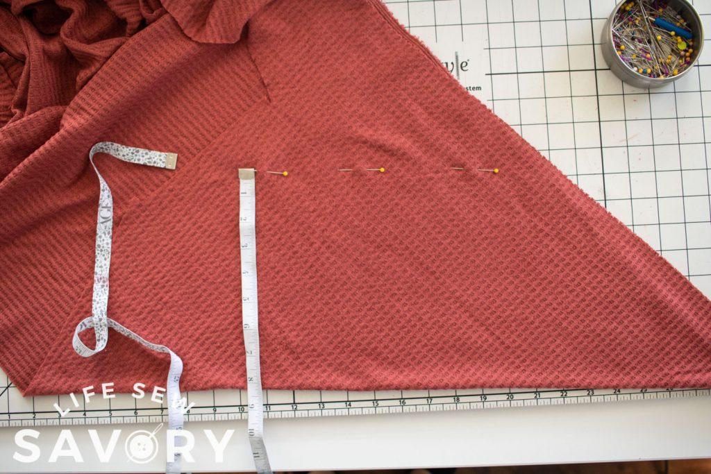 mark collar width