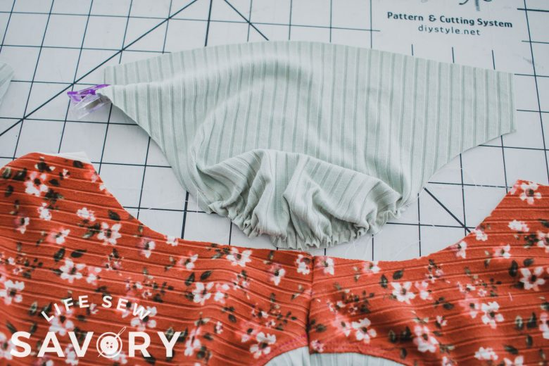 gather sleeve cap to match sleeve opening