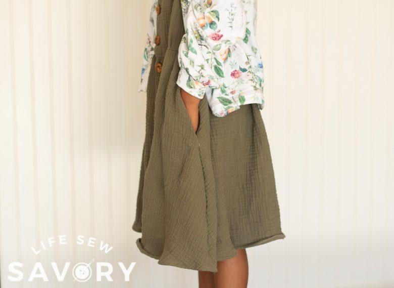 pockets in skirt